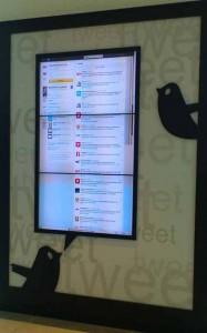 Splittwand mit 3 Monitoren