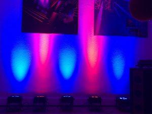 Farbkombinationen mit den neuen eng und breit strahlenden LED Scheinwerfern!